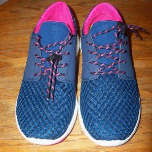 NWT Women's Size 38 (7.5) Blue Pink Mesh Sneakers